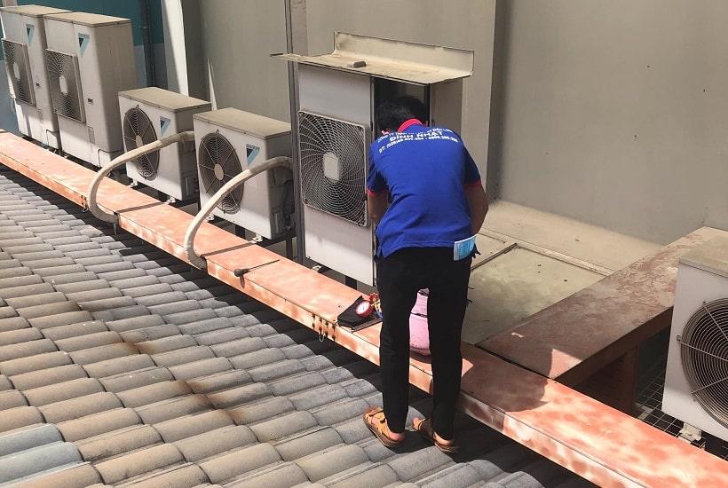 Sửa máy lạnh tại quận 4