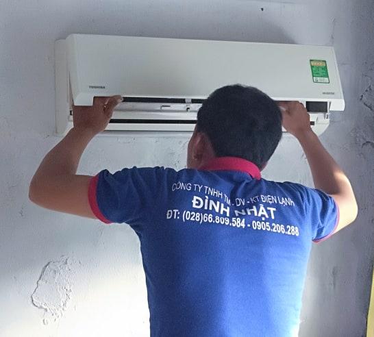 Vệ sinh máy lạnh tại quận 11